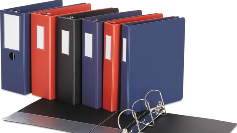 5 Advantages of Using Ring Binders in Various Businesses
